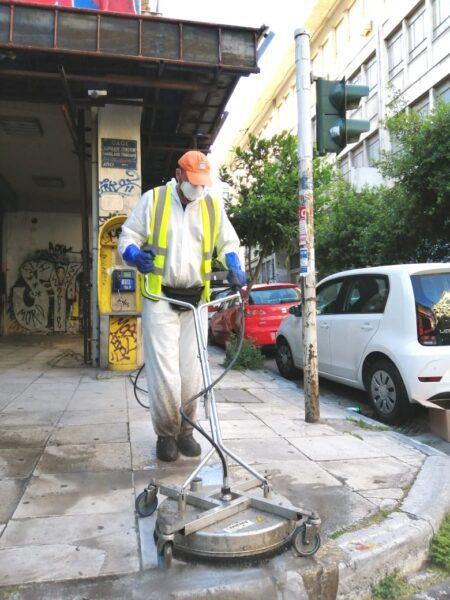 Κυριακάτικη δράση καθαριότητας στα Εξάρχεια