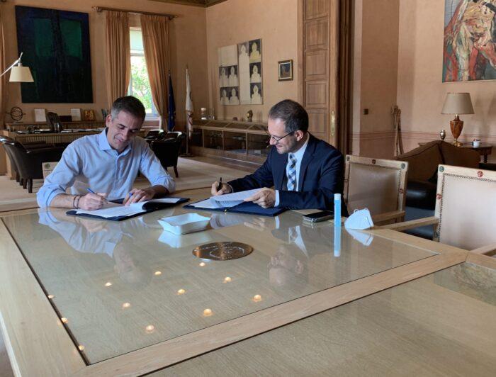 Συνεργασία Δήμου Αθηναίων-ΔΕΔΔΗΕ για να μπουν φωτοβολταϊκά σε σχολεία
