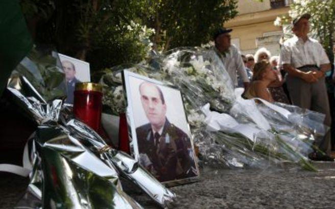 Ο Δήμος Αθηναίων τίμησε τη μνήμη του δολοφονημένου αστυνομικού Νεκτάριου Σάββα