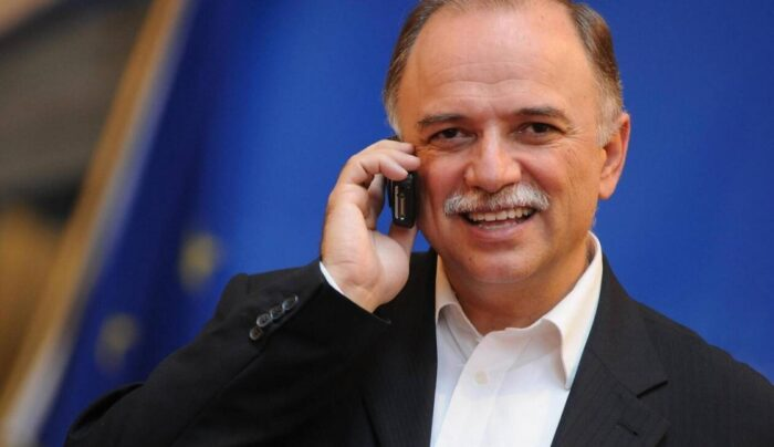 Πλήγμα για την πολιτική ζωή της Ελλάδας: Δε θα είναι ξανά υποψήφιος ο Παπαδημούλης