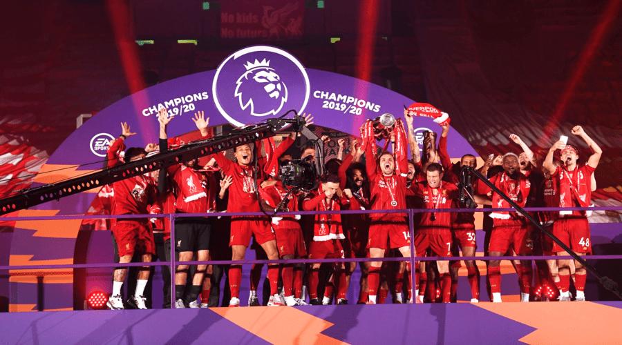 Η Απονομή Της Premier League Στη Liverpool! (Vid)