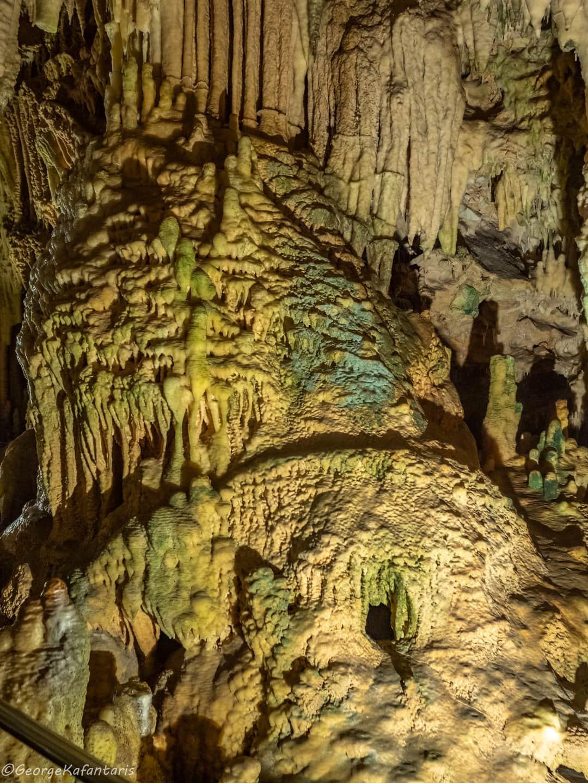 Σπήλαια Διρού: Υπό διάλυση...
