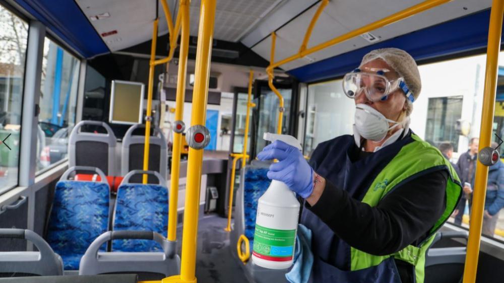 Καθημερινή απολύμανση λεωφορείων στον Δήμο Πειραιά!