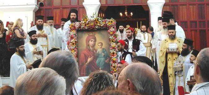 Εκατοντάδες κόσμος στην πανήγυρι της Παναγίας των Βλαχερνών! (photos+videos)