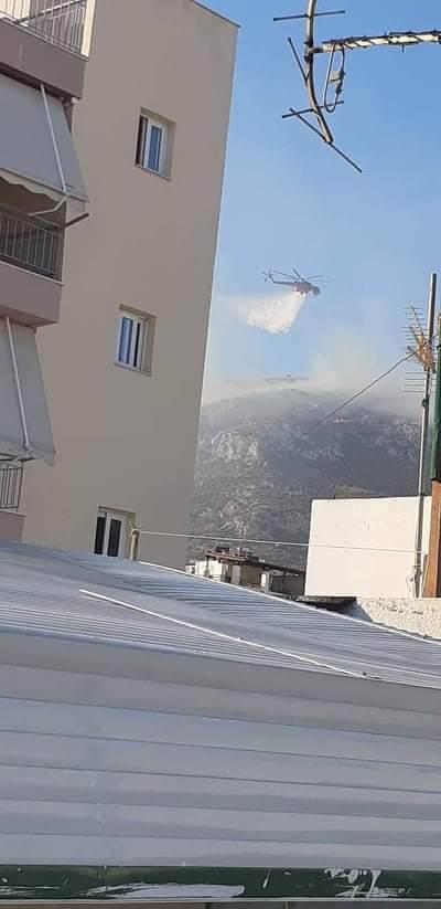 Υπό έλεγχο η φωτιά στη Νίκαια