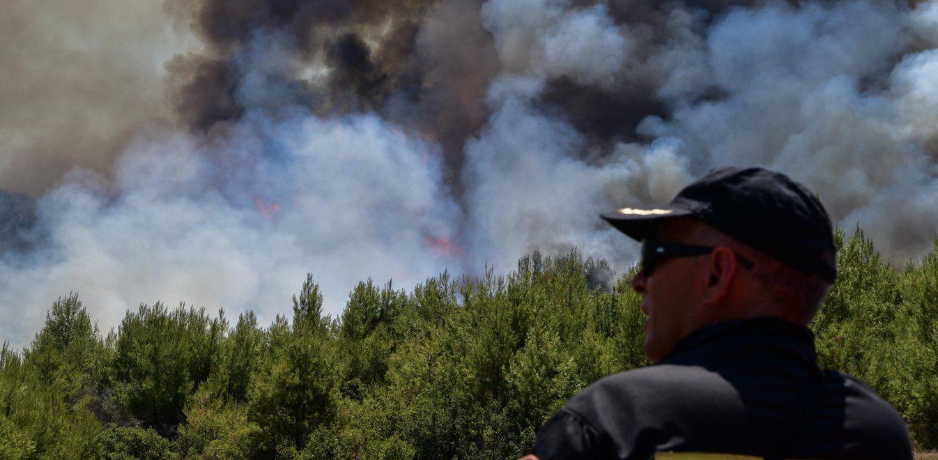 Μεγάλη φωτιά στα Κύθηρα ! (photos)