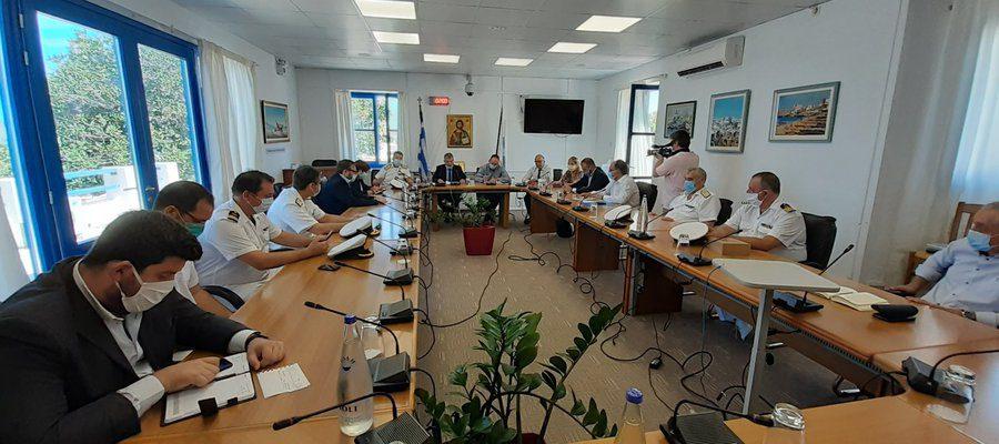 Πλακιωτάκης: Σε εξέλιξη η διαδικασία απάντλησης των πετρελαιοειδών στο ναυάγιο του «Σάμινα»