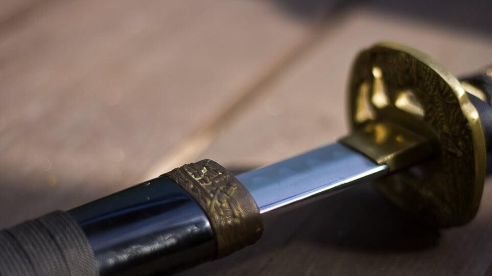 Πρώην σύζυγος ευνούχισε με σπαθί σαμουράι τον αντίζηλό του - Οι λεπτομέρειες σοκάρουν