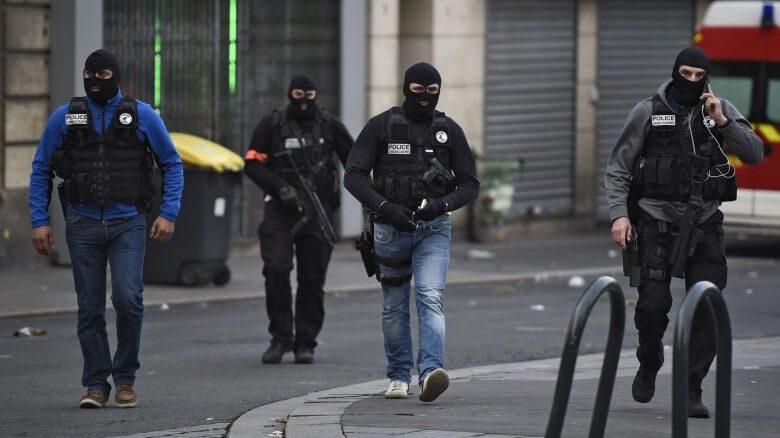 Αντιτρομοκρατική έρευνα σε εξέλιξη - 3 συλλήψεις
