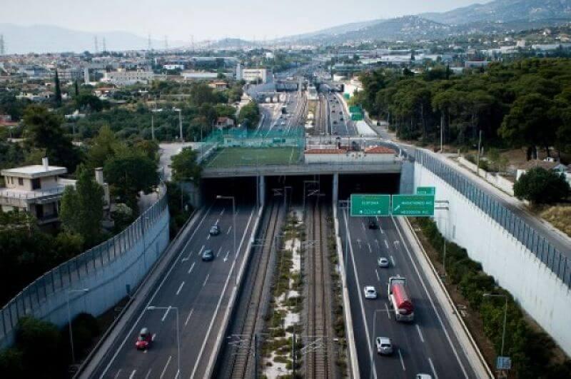 Έκτακτο: Τροχαίο στην Αττική οδό