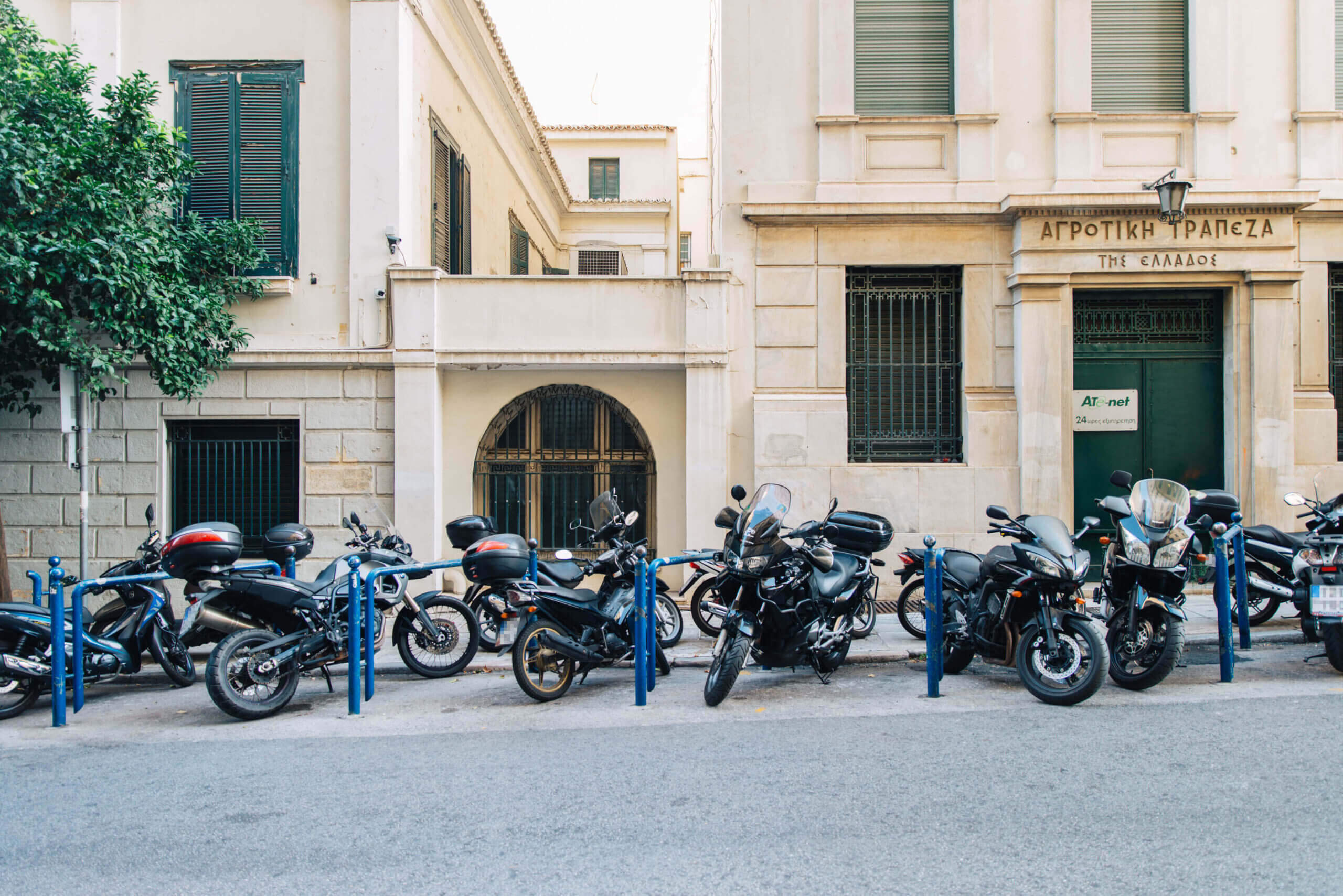 Δήμος Αθηναίων: 1.180 νέες θέσεις στάθμευσης δικύκλων στο κέντρο και τις γειτονιές