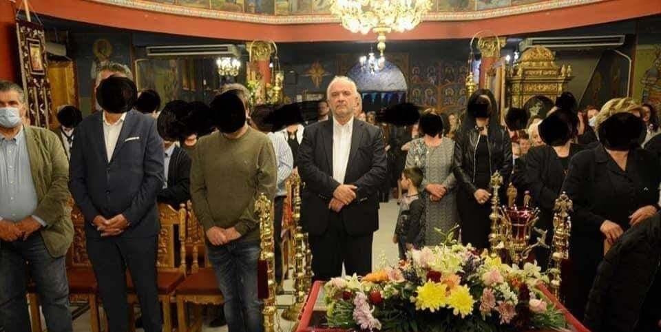 Μεσολόγγι: Ο Δήμαρχος εμφανίστηκε στη λειτουργία χωρίς προστατευτική μάσκα!