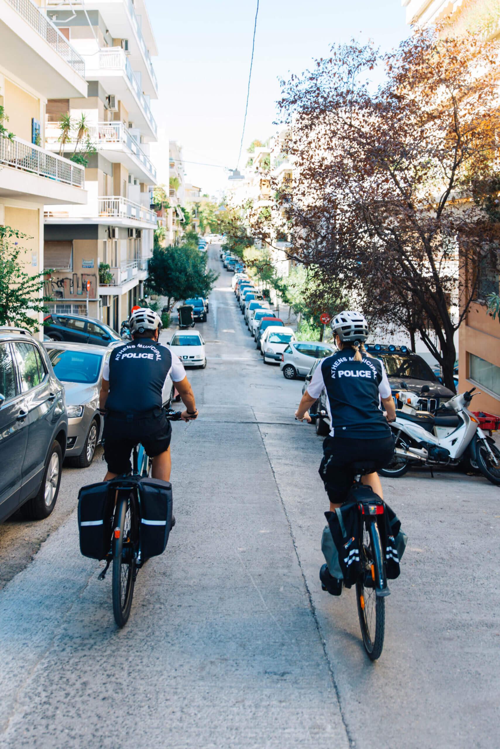 Η Δημοτική αστυνομία της Αθήνας εξοπλίστηκε με νέα σύγχρονα ποδήλατα