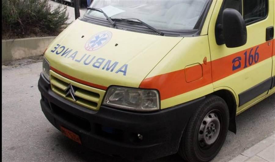 ΕΠΟΣ:  Στον Δήμο Ανατολικής Μάνης έγινε συνεδρίαση με παρουσία...ασθενοφόρου
