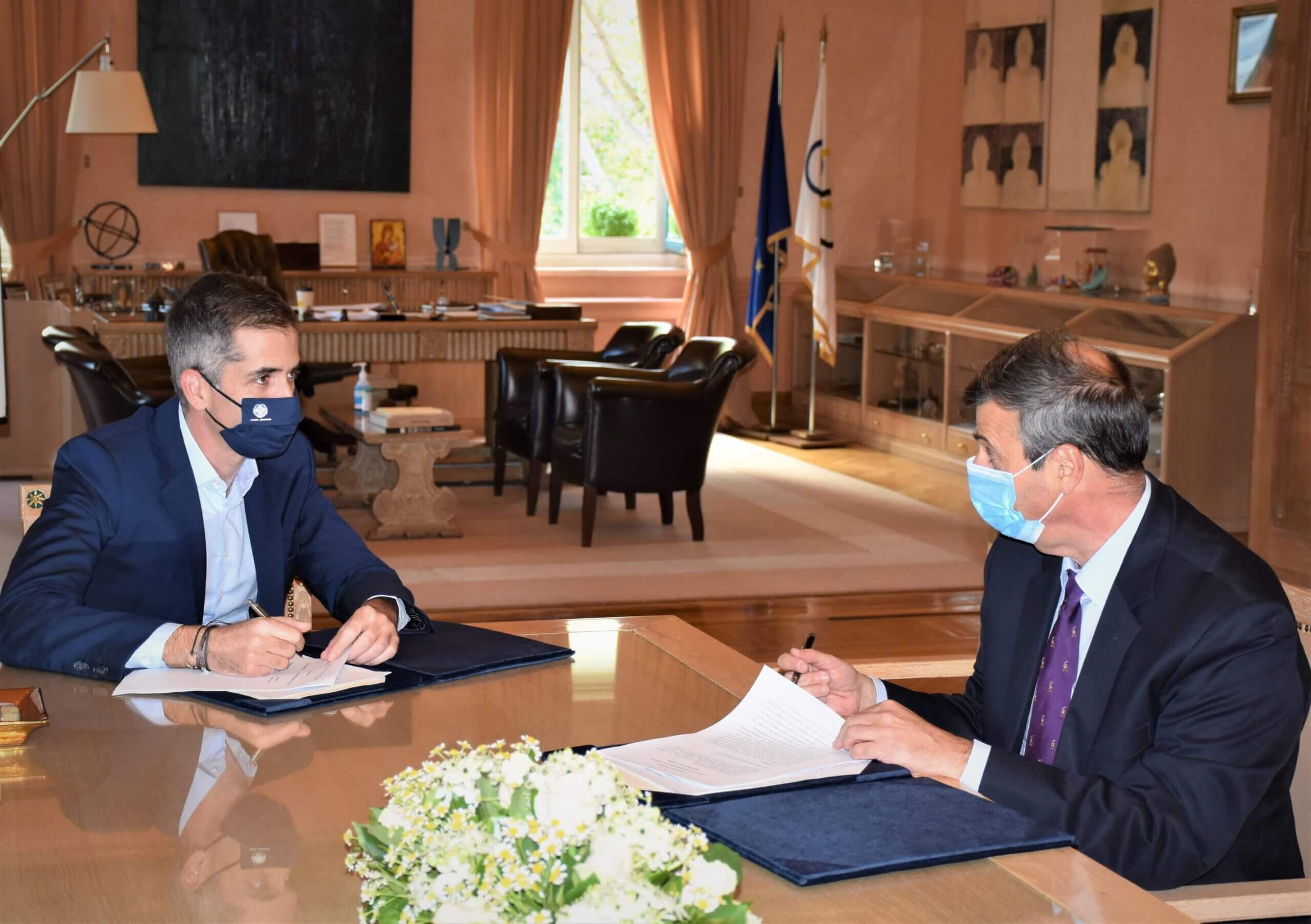 Δήμος Αθηναίων και Ελληνική Πνευμονολογική Εταιρεία ενώνουν δυνάμεις κατά της πανδημίας