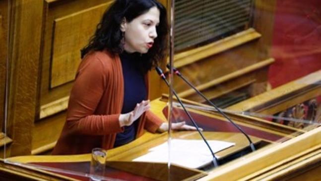 Ερώτηση της Φ. Μπακαδήμα στη Βουλή για τις επιχειρήσεις Δερματοστιξίας (Ταττοο)