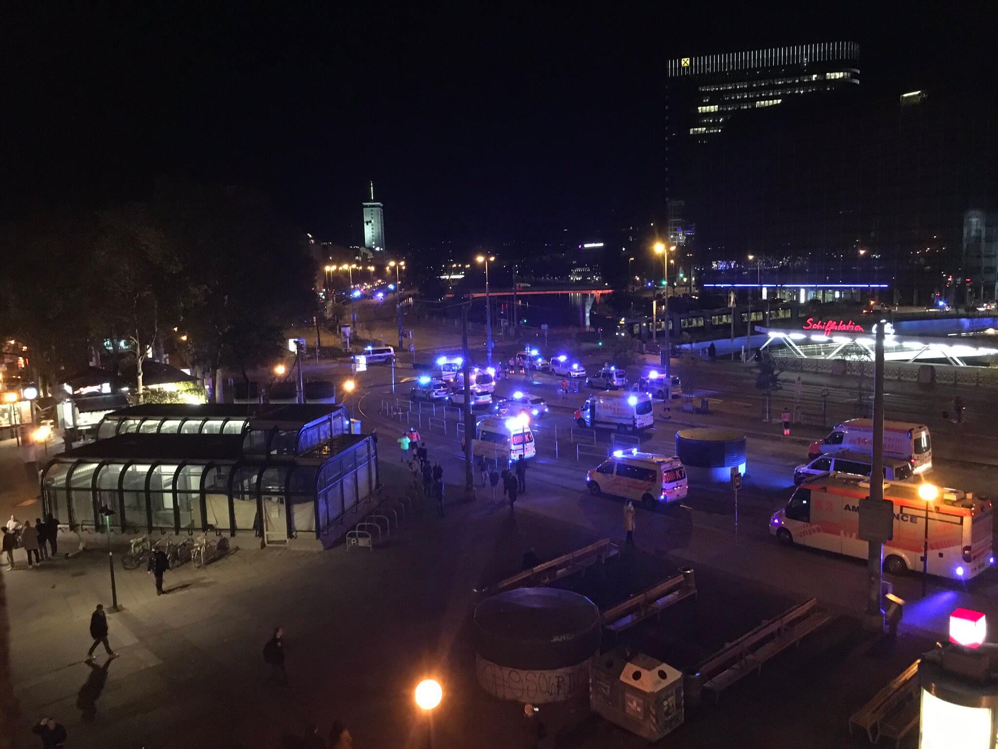 Έκτακτο: Βιέννη-Πυροβολισμοί σε συναγωγή (Βίντεο)