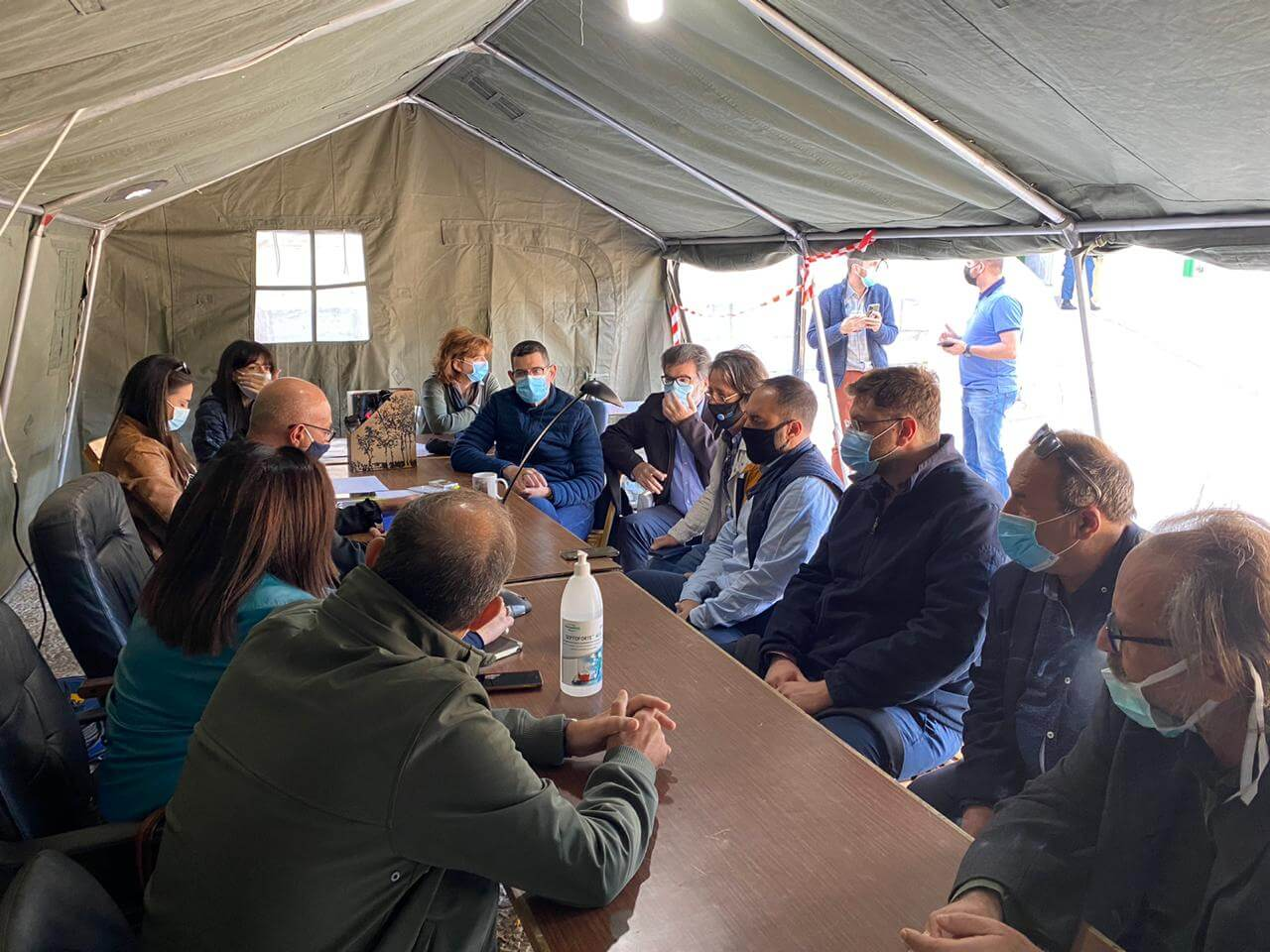 Σεισμός Σάμος: Επίσκεψη κλιμακίου του ΣΥΡΙΖΑ στις πληγείσες περιοχές
