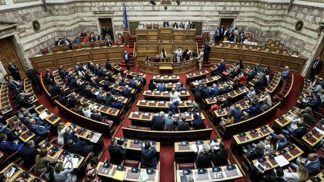 Βουλή: Υπερψηφίστηκε με 158 <<ΝΑΙ>> ο προϋπολογισμός του 2021