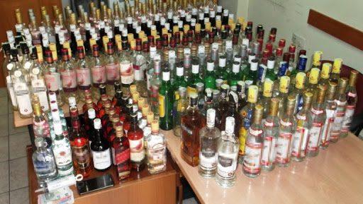 Εξαρθρώθηκε εγκληματική οργάνωση που εισήγαγε από τη Βουλγαρία λαθραία αλκοολούχα ποτά