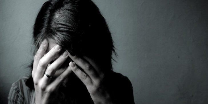 ΣΟΚ στην Ρόδο: 31χρόνη διεμφυλική ζούσε ''φυλακισμένη'' για 10 χρόνια μέσα σε τρώγλη