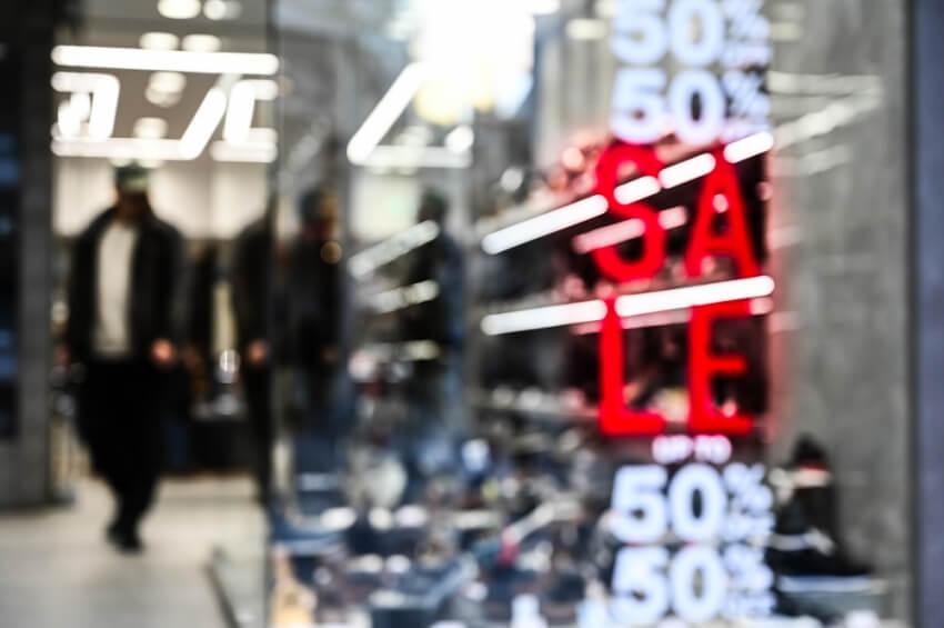 Οι κανόνες και τα πρόστιμα του clickaway στα καταστήματα - Αντιδρούν οι επαγγελματίες