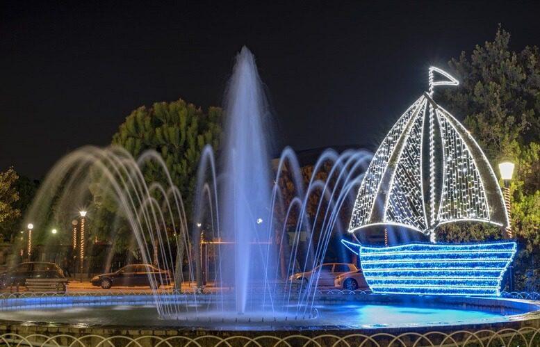 Χριστουγεννιάτικος στολισμός στον Δήμο Νίκαιας - Αγ. Ι. Ρέντη