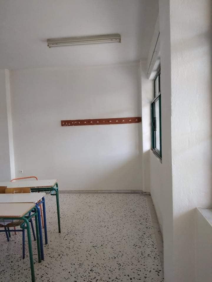 Σαλαμίνα : Συνεχίζονται οι εργασίες συντήρησης στο 3ο Γυμνάσιο