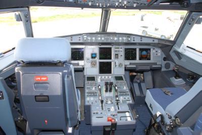 Κανένα ίχνος του αεροσκάφους - Σταματούν οι έρευνες