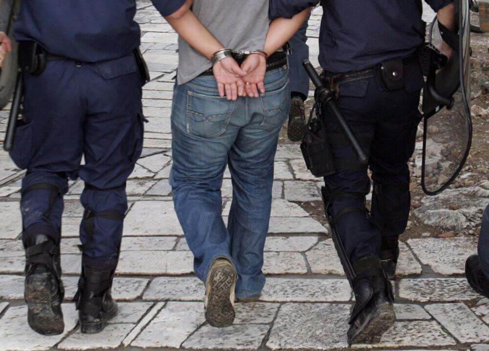 Συλλήψεις αλλοδαπών στην Πάτρα και στην Ηγουμενίτσα