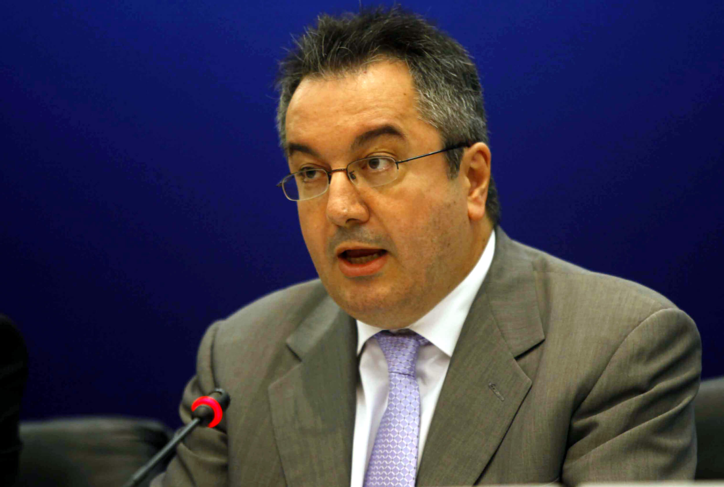 Μόσιαλος καρφώνει την Κυβέρνηση για τις δηλώσεις Γεωργιάδη