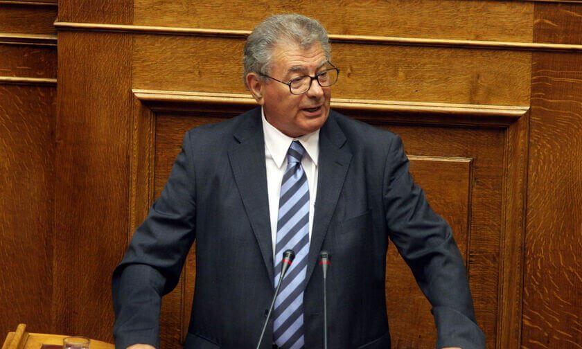 Μεγάλη απώλεια για το ΠΑΣΟΚ - «Έφυγε» ο Σήφης Βαλυράκης