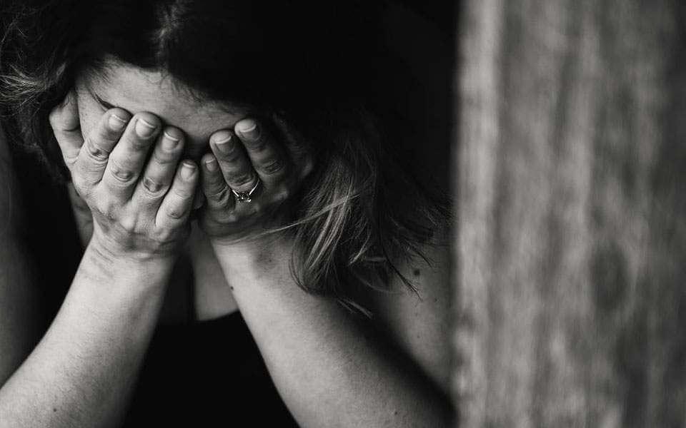 Ομοσπονδία πάλης: Σοκ από τις καταγγελίες για κύκλωμα πορνείας και «συγκάλυψη παραγόντων»