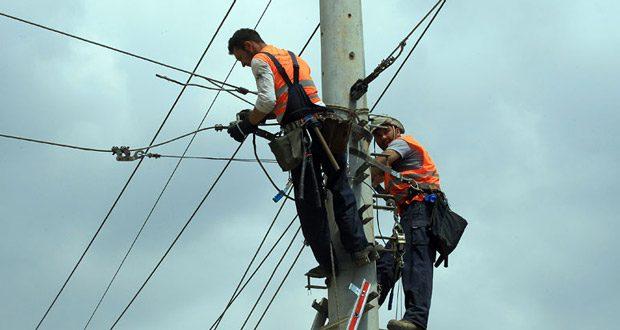 Κακοκαιρία «Μήδεια»: Σε επτά περιοχές στα Β. Προάστια παραμένουν τα προβλήματα ηλεκτροδότησης