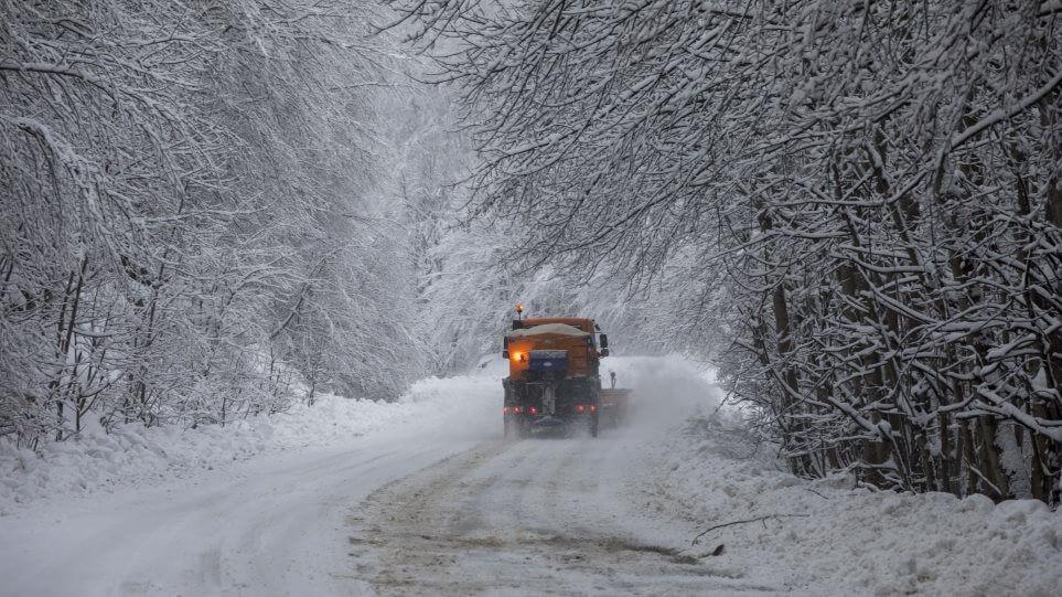 «Μήδεια»: Σε εξέλιξη το δεύτερο κύμα-Χιόνια και στο κέντρο της Αθήνας