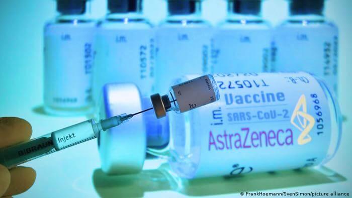 ΠΟΥ: Δίνει «πράσινο φως» για το εμβόλιο της AstraZeneca και στους άνω των 65