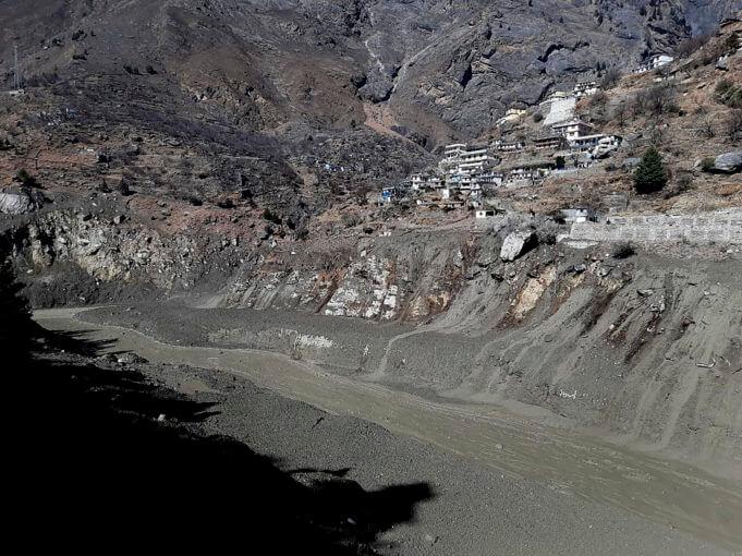 Ιμαλάια:Τουλάχιστον 7 νεκροί και 125 αγνοούμενοι από κατάρρευση τμήματος παγετώνα