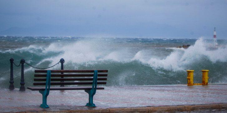 Καιρός : Καταιγίδες, χαλάζι και θυελλώδεις άνεμοι