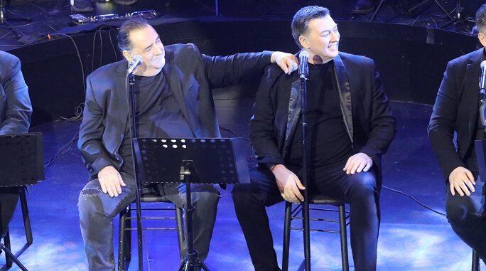 Βασίλης Καρράς - Νίκος Μακρόπουλος: Με μεγάλη επιτυχία η διαδικτυακή τους συναυλία