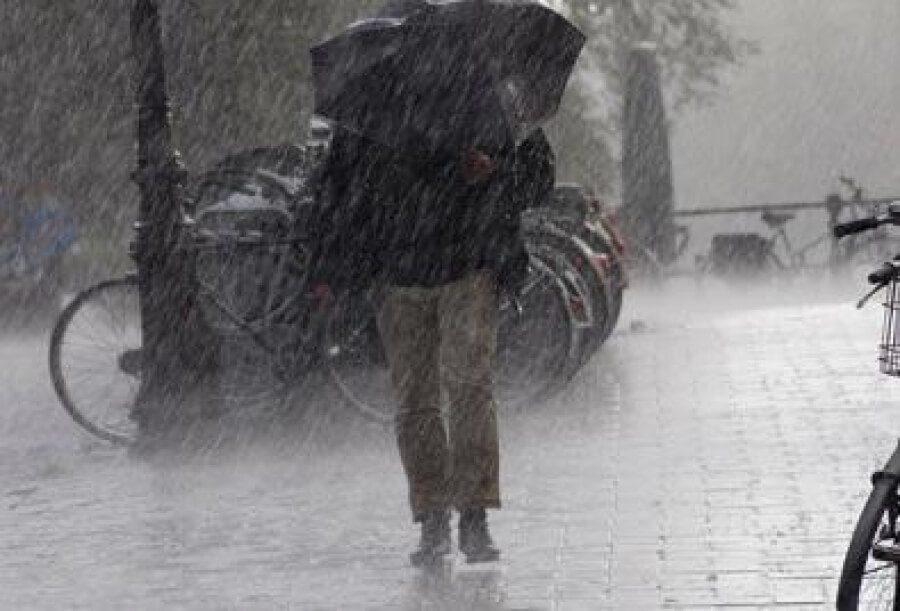 Καιρός (25/3): Με βροχές, χιονόνερο και τσουχτερό κρύο ο εορτασμός του Ευαγγελισμού