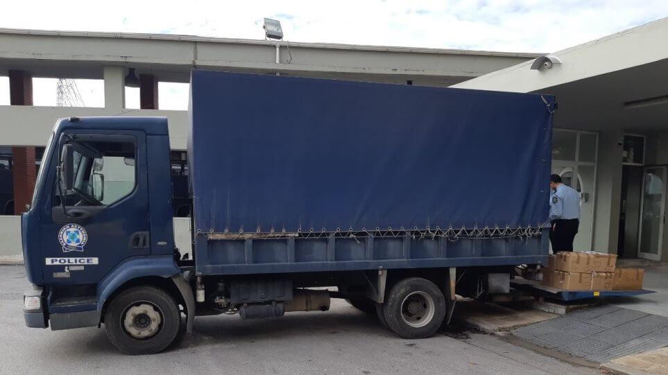Ενισχύεται ο στόλος της Ελληνικής Αστυνομίας με 53 νέα φορτηγά οχήματα