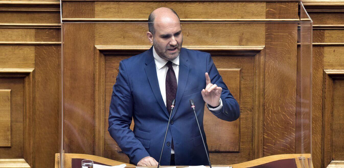 Ο Δημήτρης Μαρκόπουλος σχολιάζει στο e-peiraias το εργασιακό Νομοσχέδιο
