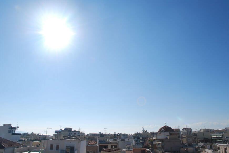 Καιρός (4/3):Τσικνοπέμπτη με αίθριο καιρό και υψηλές θερμοκρασίες