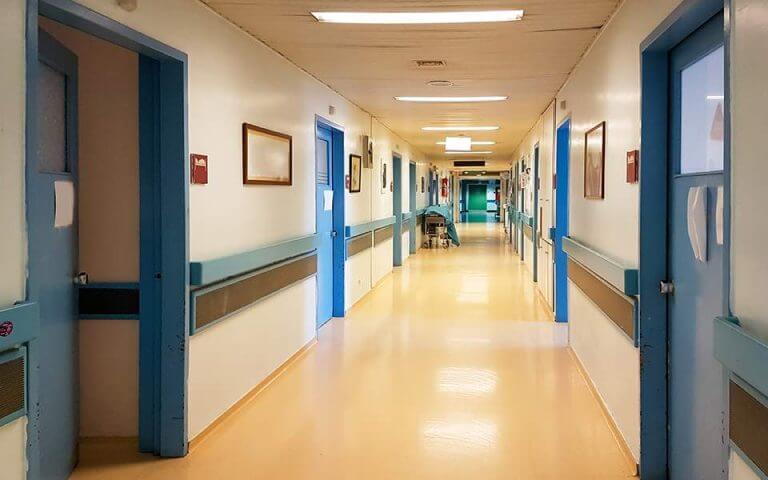 Σε εξέλιξη εκκένωση του Ερυθρού Σταυρού-Μετατρέπεται σε νοσοκομείο για κορωνοϊό