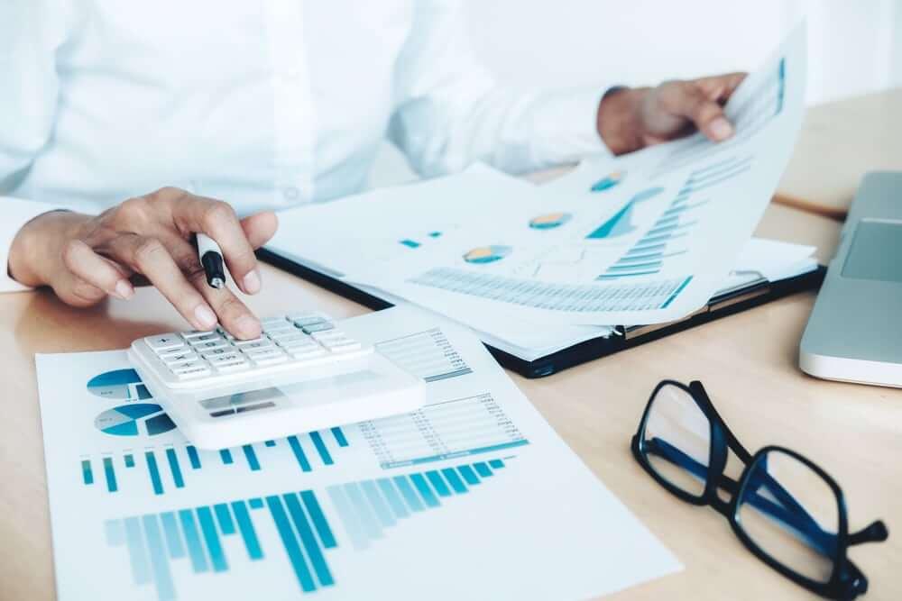 Φορολογικές δηλώσεις: Ποιές αλλαγές έρχονται σε τεκμήρια και ηλεκτρονικές αποδείξεις