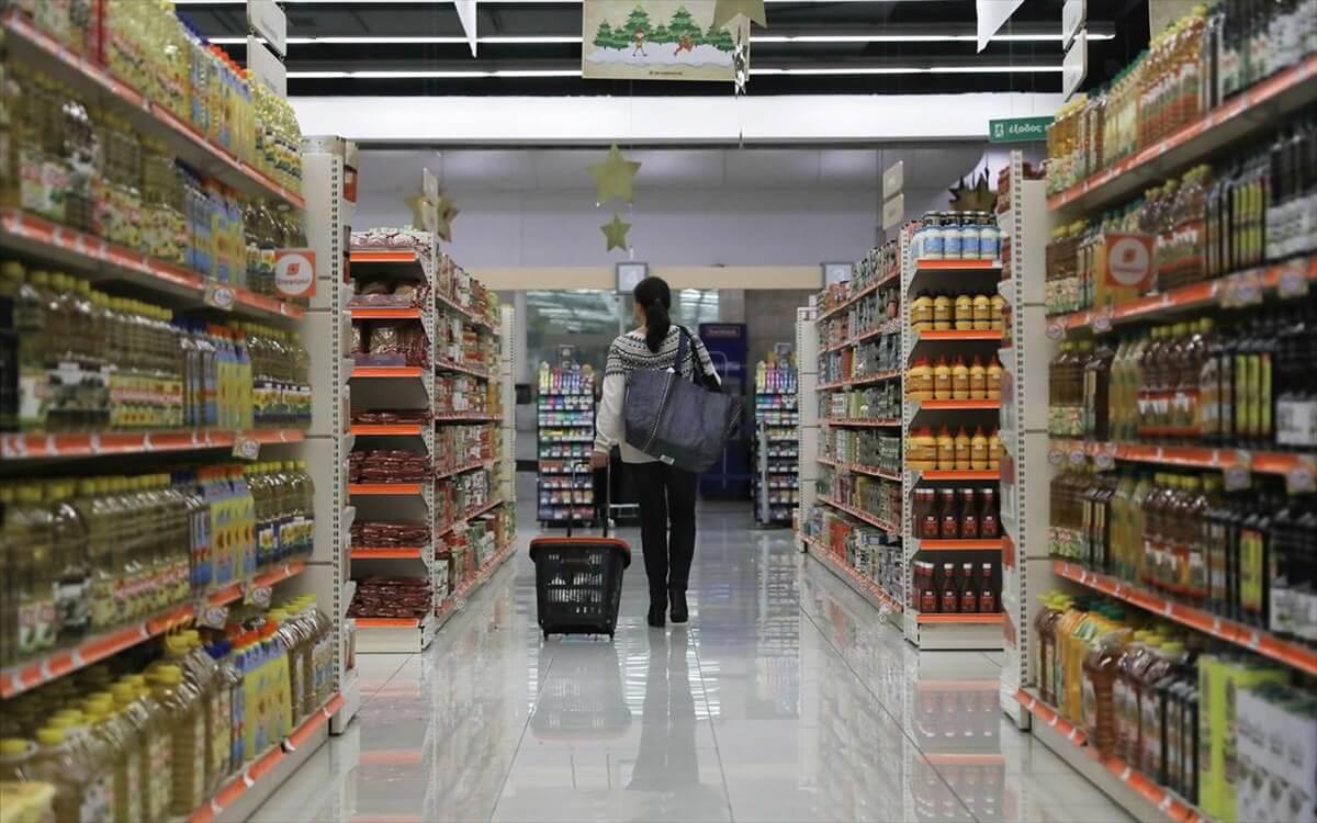 Θεσσαλονίκη: 32χρονη παραβίασε την καραντίνα και προσπάθησε να «ξαφρίσει» σουπερμάρκετ