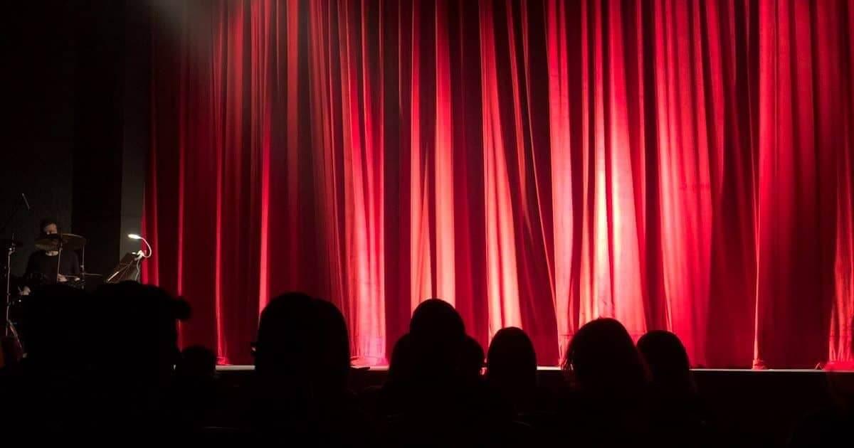 Πρωταγωνιστής καθημερινής σειράς κατηγορείται για σεξουαλική παρενόχληση-Η απάντηση του ΥΠΠΟΑ