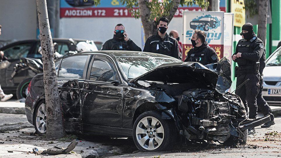 Λιοσίων: Όχημα έπεσε σε πεζούς μετά από καταδίωξη-Τέσσερις τραυματίες