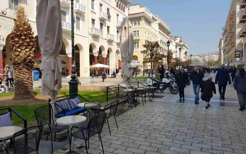 Λιανεμπόριο: Σφοδρές αντιδράσεις από εμπόρους σε Θεσσαλονίκη,Κοζάνη & Αχαΐα-Τι λέει η Κυβέρνηση