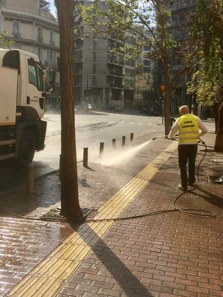 Δήμος Αθηναίων: Μεγάλη δράση καθαριότητας-απολύμανσης σε σχολεία, δρόμους και πλατείες στον Άγιο Παύλο